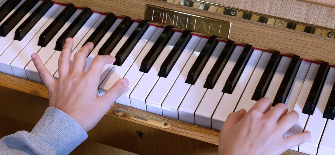 Freya piano hands